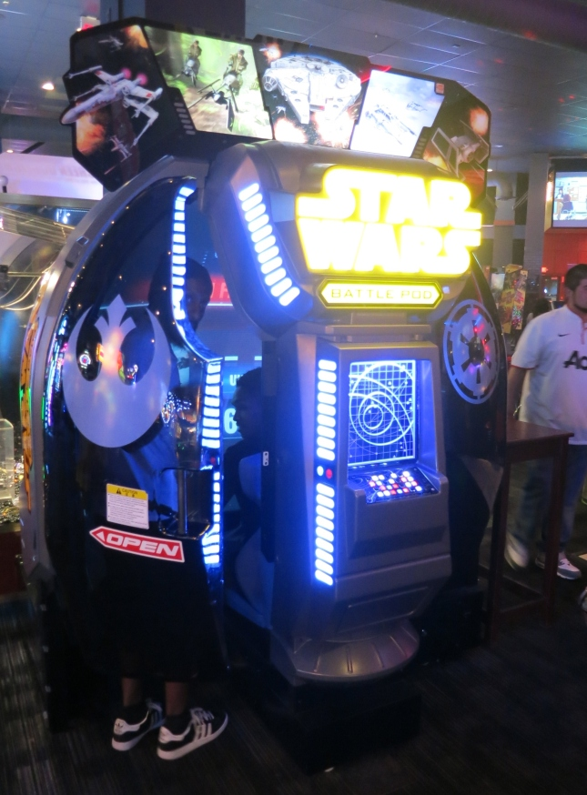Star Wars Battle Pod Cabinet